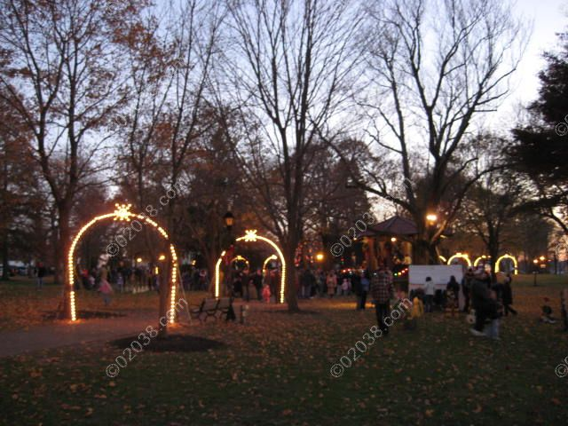 Holiday Lighting of the Common