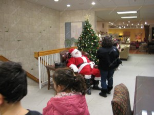 Meet Santa Franklin MA Holiday Stroll