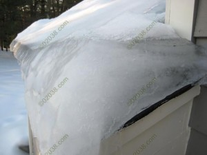 ice dam - up close