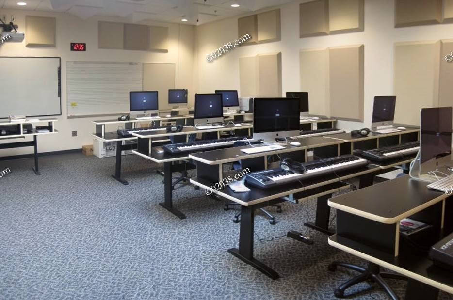 Classroom Design High School ~ High tech everywhere at franklin school